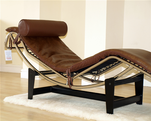 Le corbusier lc4 chaise longue recliner brown leather for Brown chaise longue